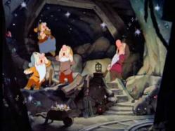 Música infantil: Cavar, Cavar, Cavar (Blancanieves)