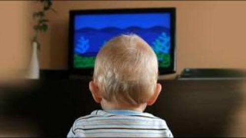 Por qué debemos apagar la televisión durante las comidas